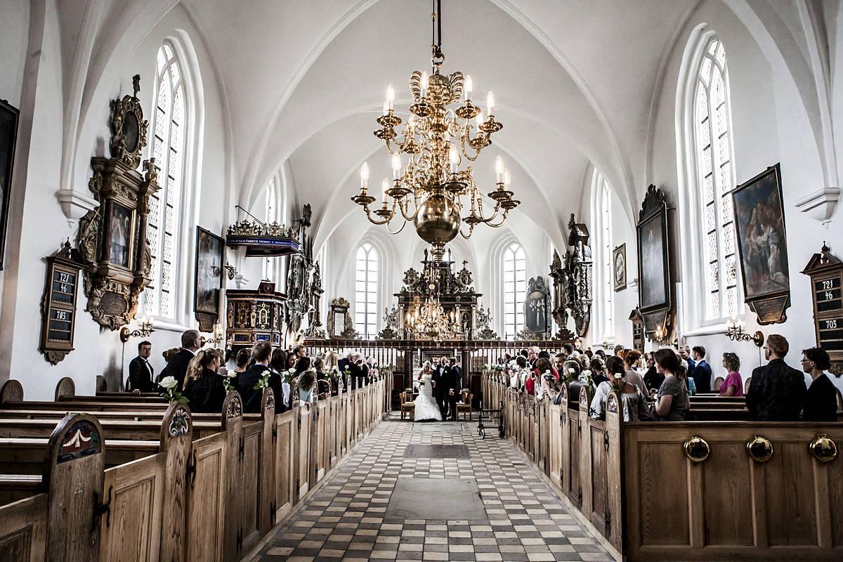Slangerup Kirke er fra 1500-tallet og havde samme arkitekt og bygmester som Frederiksborg Slot