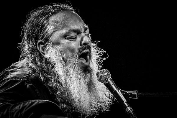 Danish psych rock veteran Lorenzo 'Guf' Woodrose shot with the Fujinon 50-140